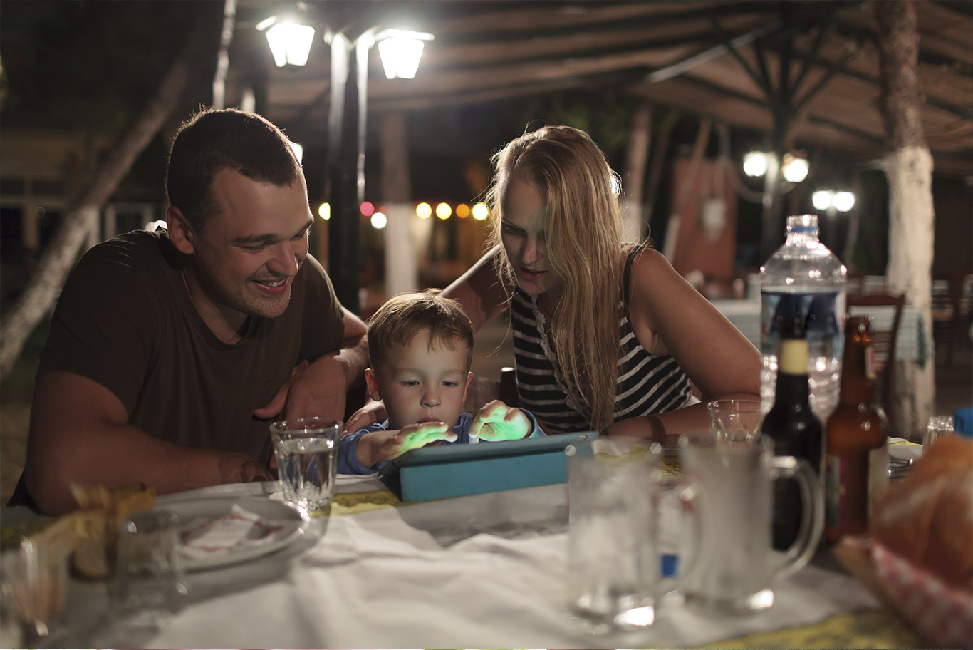 Children Vs. Parents - The Online Divide